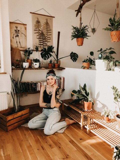 @juleamelie in a room with plants