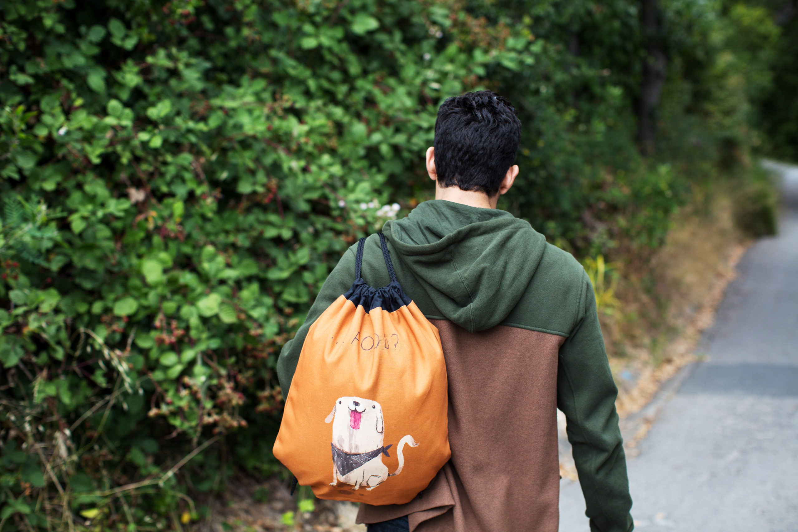 Photo of Guy with a drawstring bag